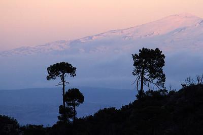 Sierra de Almijara con Sierra Nevada al fondo