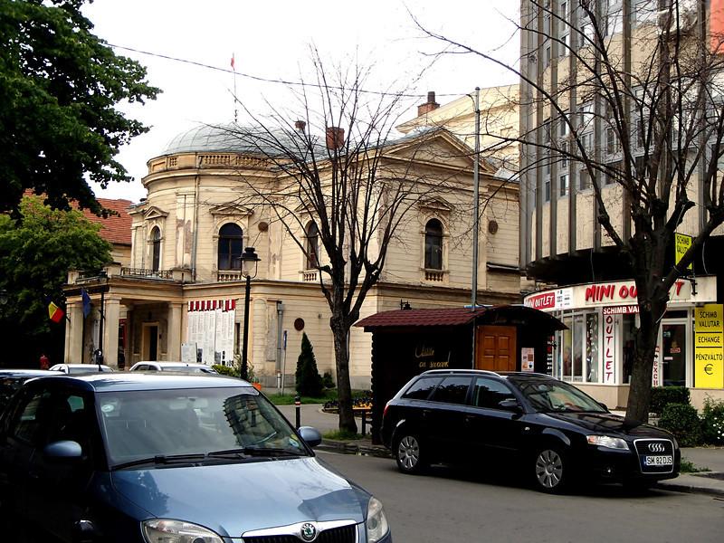 0110 Szatmar The Theater