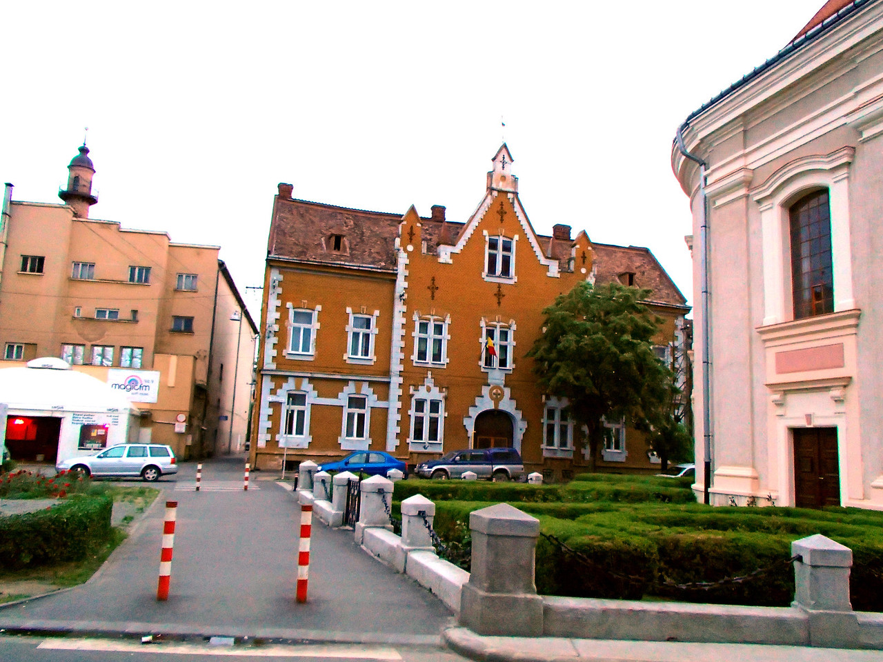0144 Szatmar Red Brick School