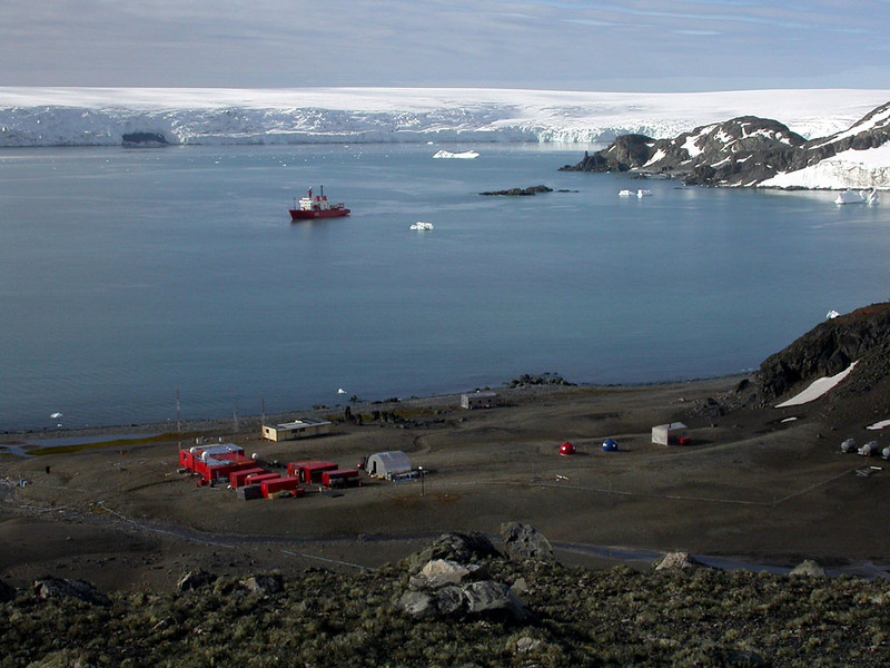 "Spanish Antarctic Base ""Juan Carlos I"" at Livingston (2003)"