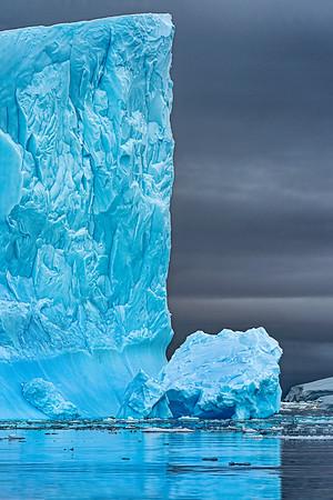 Ice Tower Antarctica Copyright 2020 Steve Leimberg UnSeenImagesl Com _DSC9017