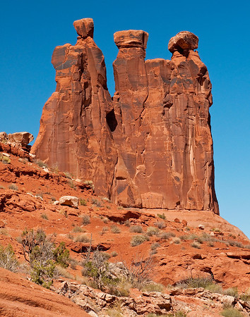 Three Sisters, Arches National park, UT