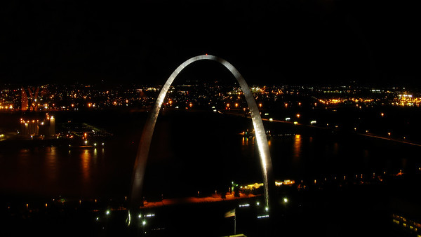 St. Louis Arch taken from Restaurant at the top of the bank building.