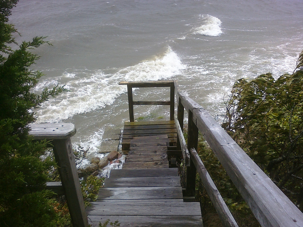 2011-08-28: Hurricane/Tropical Storm Irene. A few hours earlier the water was about 1 foot higher. (a Palm Pre photo)