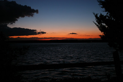 2006-10-14: sunset looking west toward Washburn's Island.
