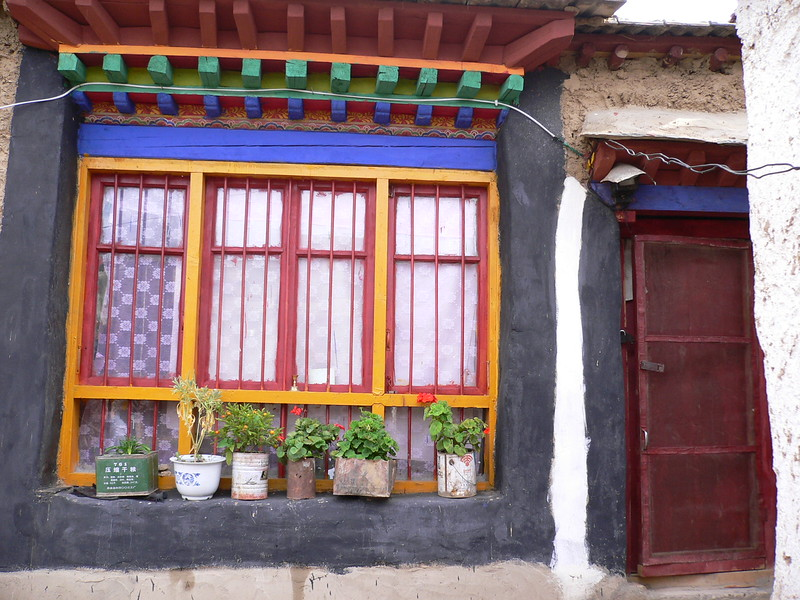 60 Tibetan window box