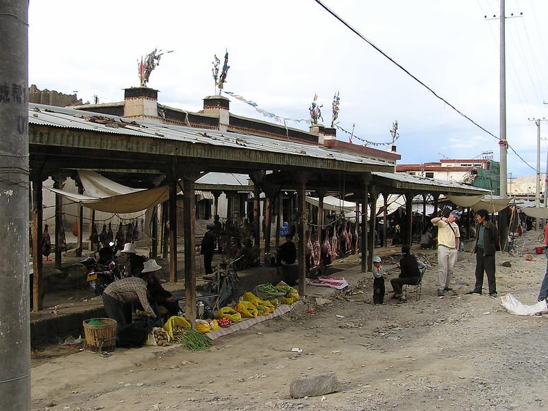 132 Shigatse market