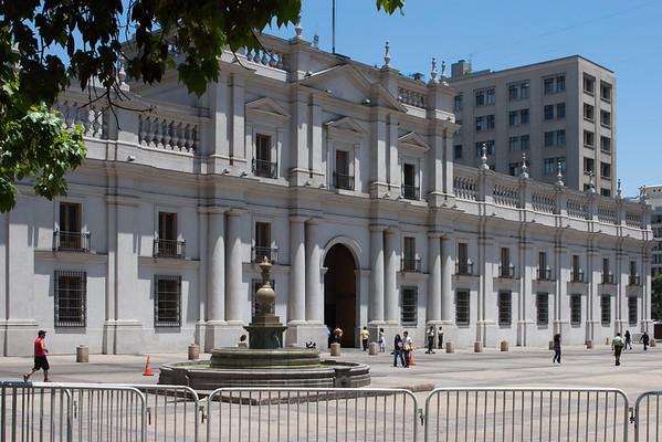 "La Moneda (the Presidential Palace) facing Avenue Libortador Bernardo O'Higgins in center city Santiago. See: <a href=""http://en.wikipedia.org/wiki/La_Moneda"">http://en.wikipedia.org/wiki/La_Moneda</a>"