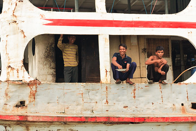 08IB908 Bangladesh Boat Buriganga River Dhaka Ferries