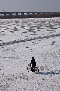 Cycling, Songhua River, Harbin, Heiliongjiang Province, China