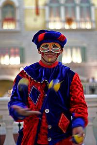 Juggling Street Performer, Grandes Canals, Venetian