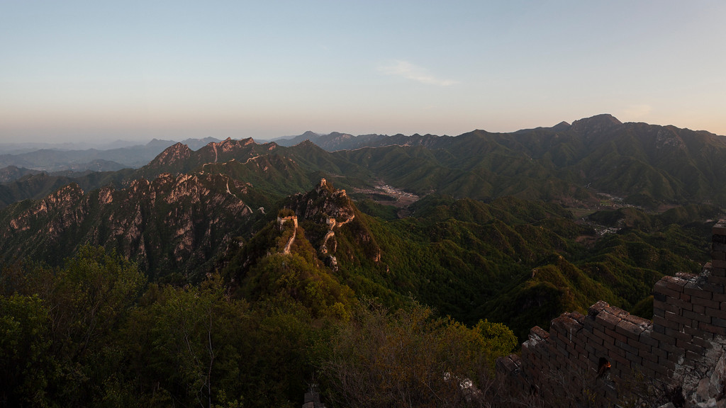 IMAGE: https://photos.smugmug.com/Places/Asia/China/Wild-Wall-Huairou-2017/i-CzLNMms/0/0844b548/XL/9455-466B-XL.jpg
