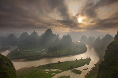 Sunburst over the Li River, Yangshuo