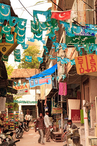 08IB436 Andhra Pradesh Hyderabad India Islam Faith Street