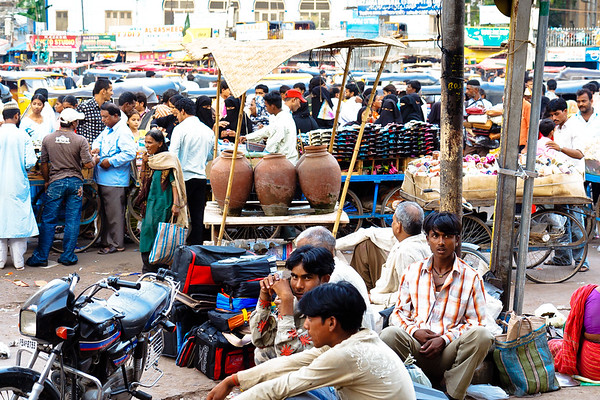 08IB439 Andhra Pradesh Clothes Shop Hyderabad India Market