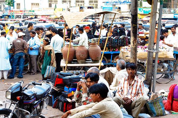 08IB439 Andhra Pradesh Clothes Shop Hyderabad India Market