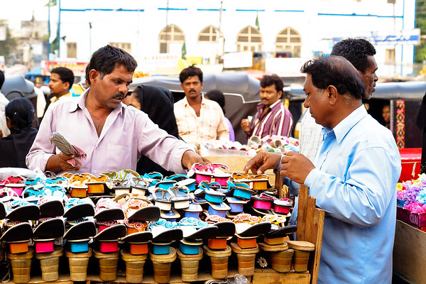 08IB440 Andhra Pradesh Clothes Shop Hyderabad India Market