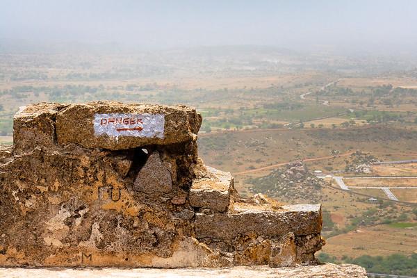 08IB521 Andhra Pradesh Bhongir Fort India Ruin