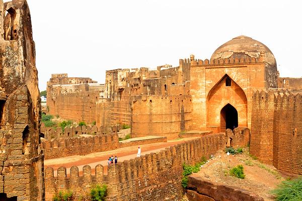 08IB462 Bidar Fort Hindu India Islam Karnataka Temple