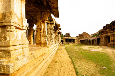 08IB330 Hampi Hindu India Karnataka Temple