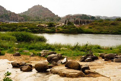08IB338 Hampi Hindu India Karnataka Faith Rivers Rock