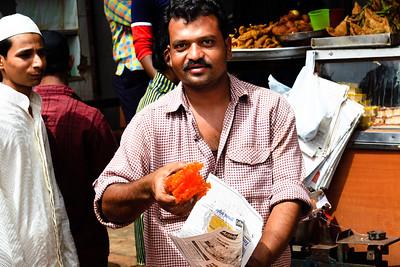 08IB503 Bidar Chef India Jalebi Karnataka Vendor Sweet Men