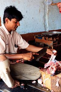 08IB514 Bidar Butcher Food India Karnataka Market Meat Men