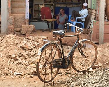 08IB495 Bidar Bikes India Karnataka Streets Transport