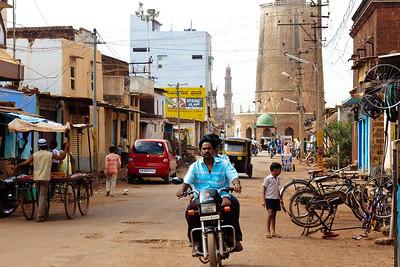 08IB519 Autorickshaw Bidar India Karnataka Minaret