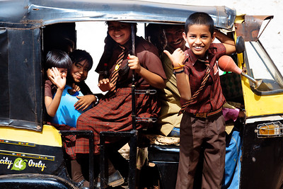 08IB516 Auto-Rickshaw Bidar India Karnataka Kids Transport