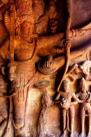08IB213 Badami Buddhism India Karnataka Faith Statue