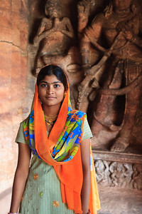 08IB220 Badami Buddhism India Karnataka Faith Women