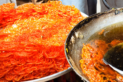 08IB502 Bidar Chef India Jalebi Karnataka Orange Sweet
