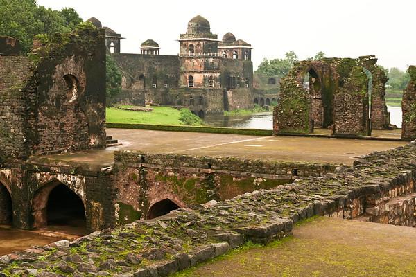 Click here to buy at Alamy. Keywords: Historical Sites India Madhya Pradesh Mandu Palace MyID: 06IP283