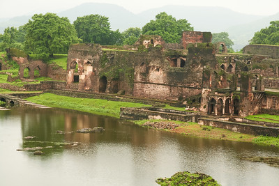 Click here to buy at Alamy. Keywords: Historical Sites India Madhya Pradesh Mandu Palace MyID: 06IP278
