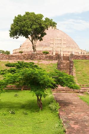 Click here to buy at Alamy. Keywords: Stupa Buddhism India Madhya Pradesh Sanchi Temple MyID: 06IP262