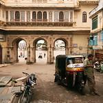 Click here to buy at Alamy. Keywords: Auto-Rickshaw City Palace India Rajasthan Udaipur MyID: 06IP424