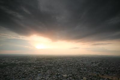 06IP456 India Jaipur Light Plains Rajasthan Sunset