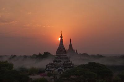 Ananda Sunrise, Bagan