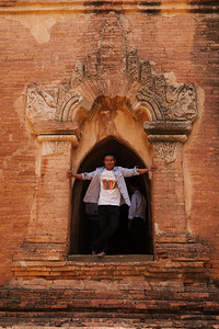 The Male Model, Dhammayangyi, Bagan