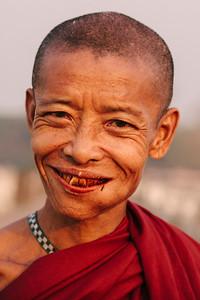 Inquisitive Monk, Taungthaman Lake, Amarapura