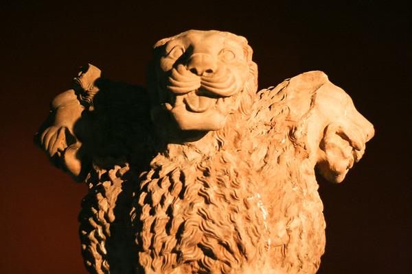06IP497 Ashoka Lion Buddhism Lahore Pakistan Punjab Statue