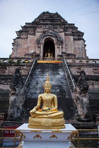 Ascent, Wat Chedi Luang, Chiang Mai