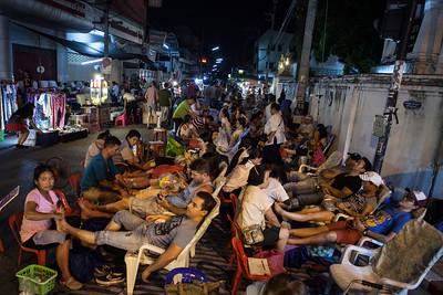 Pit Stop, Sunday Walking Street, Chiang Mai