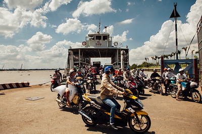 Disembark, Vinh Khao