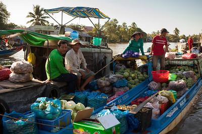 Floating Market, Phong Dien