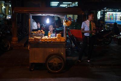 Street Vendor, Hoi An