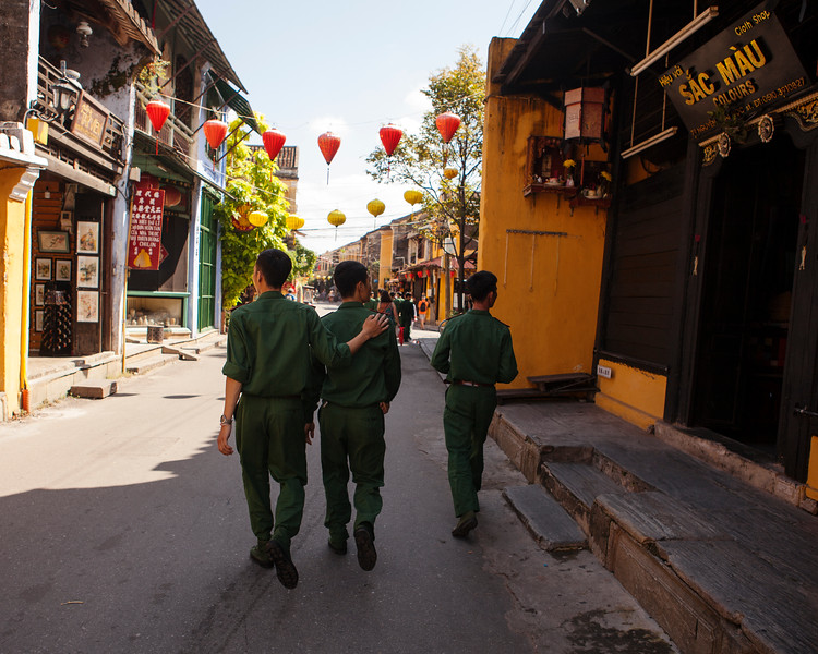 Brothers in Arms, Hoi An