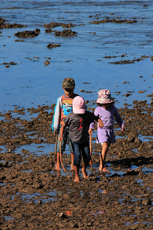 Kids Exploring low tide on the beach, Redcliffe Foreshore