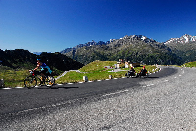 Disabled cyclists on hand bikes - BRAVO! - Grossglockner Pass, Austria
